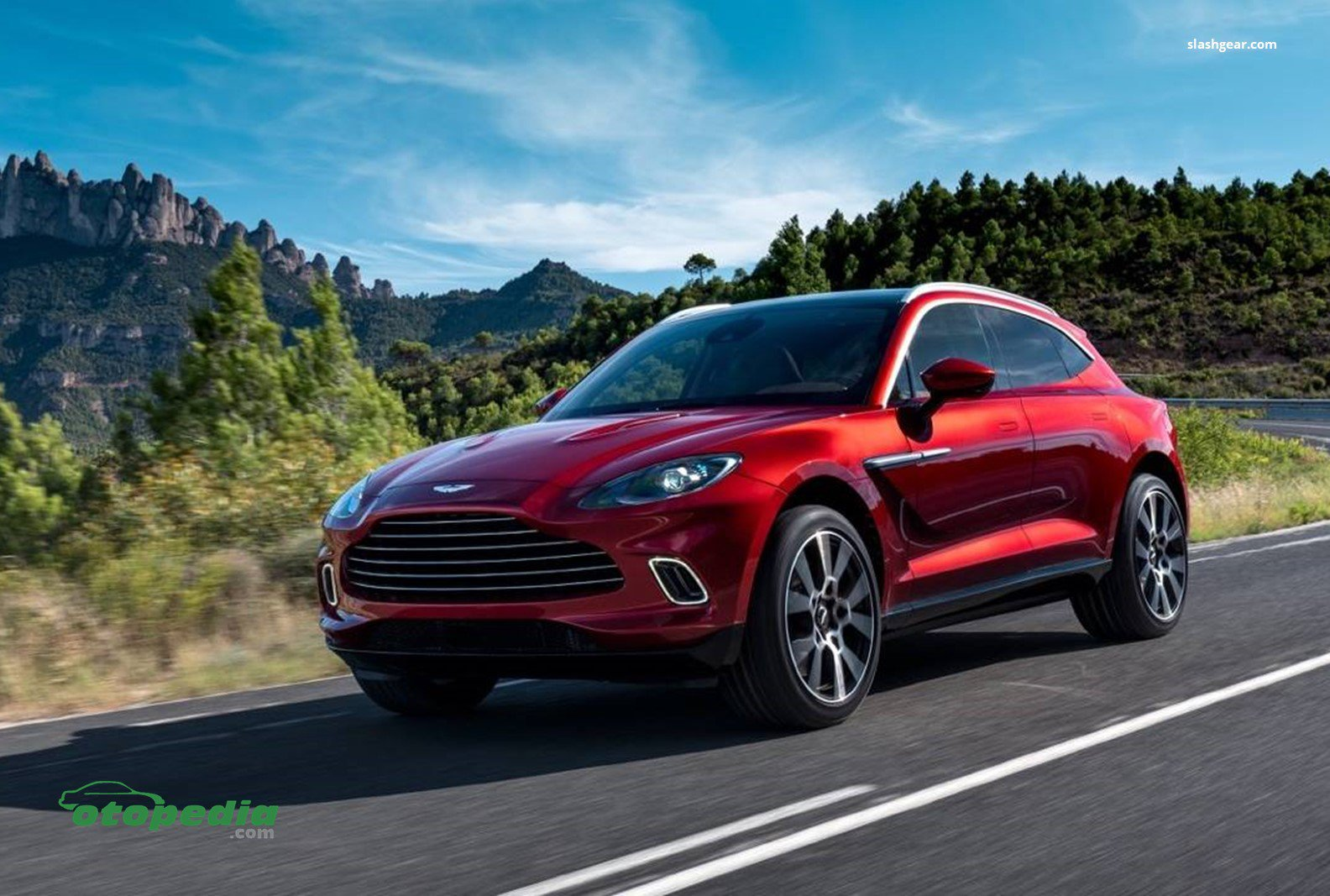 /media/images/Aston-Martin-DBX.original.jpg