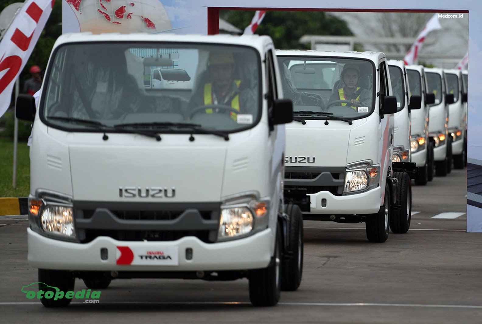 /media/images/Ekspor-Isuzu-Traga.original.jpg