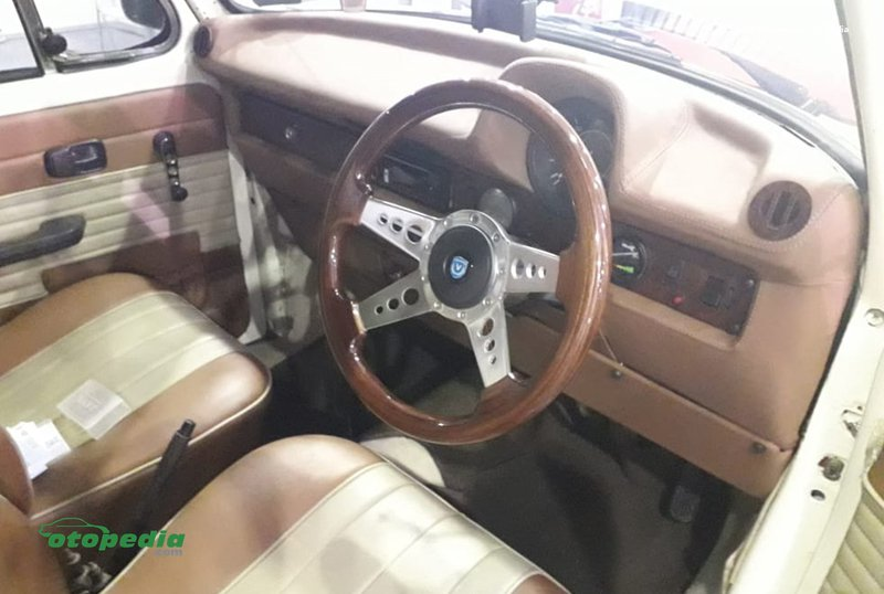 Interior VW Kodok.jpg