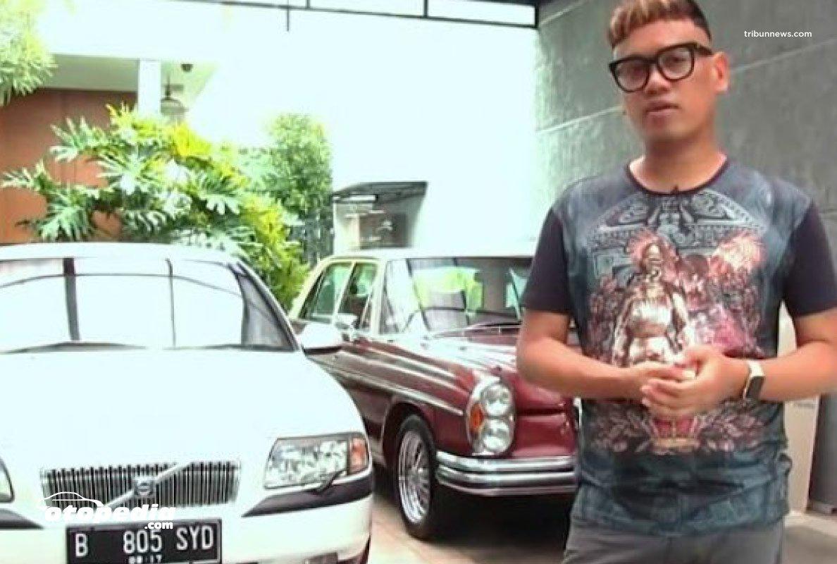 Melongok Koleksi Mobil Klasik Ciamik Uya Kuya