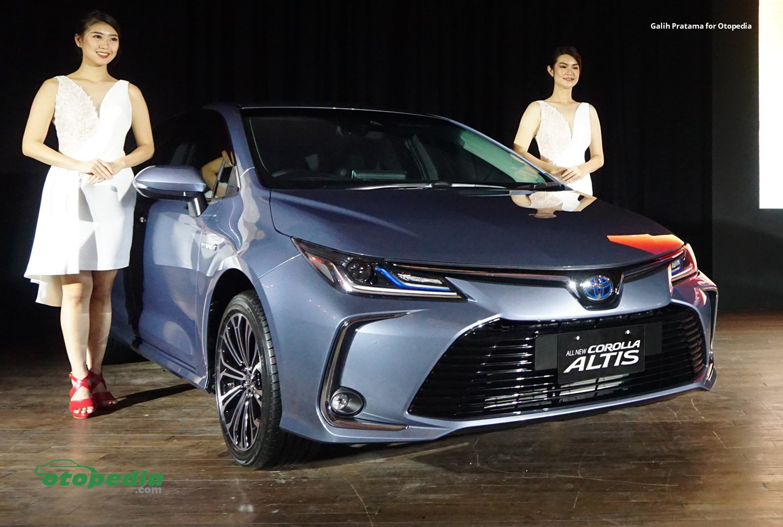 Toyota All New Corolla Altis.jpg